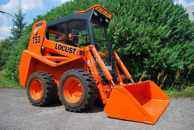 nakladač Locust L 753