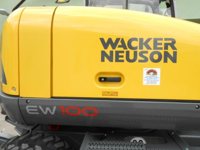 Kolový bagr EW 100 Wacker Neuson