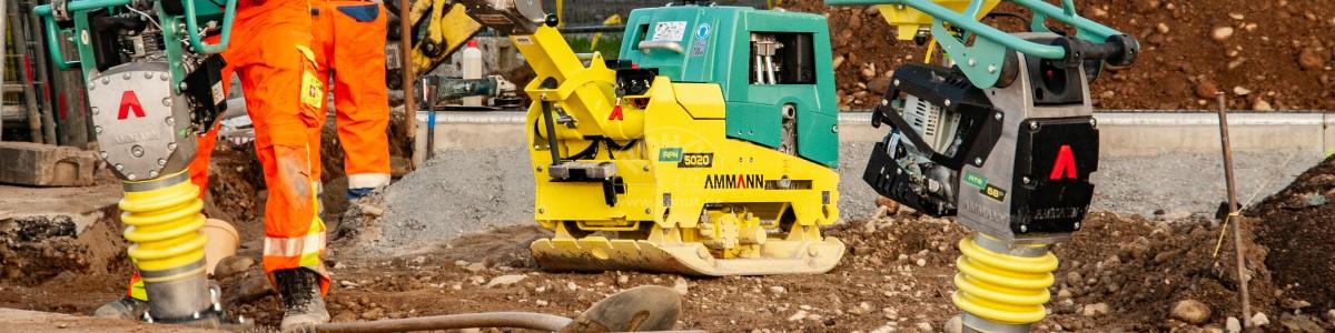 Ammann nachází uplatnění na úzkých a dlouhých plochách