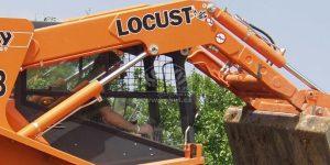 Poslední letošní nakladač Locust 1203